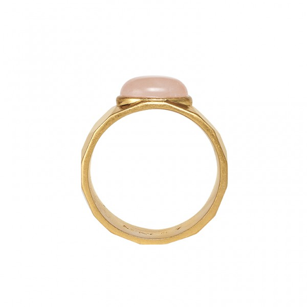 The Taste ring with rose quartz in plated gold
