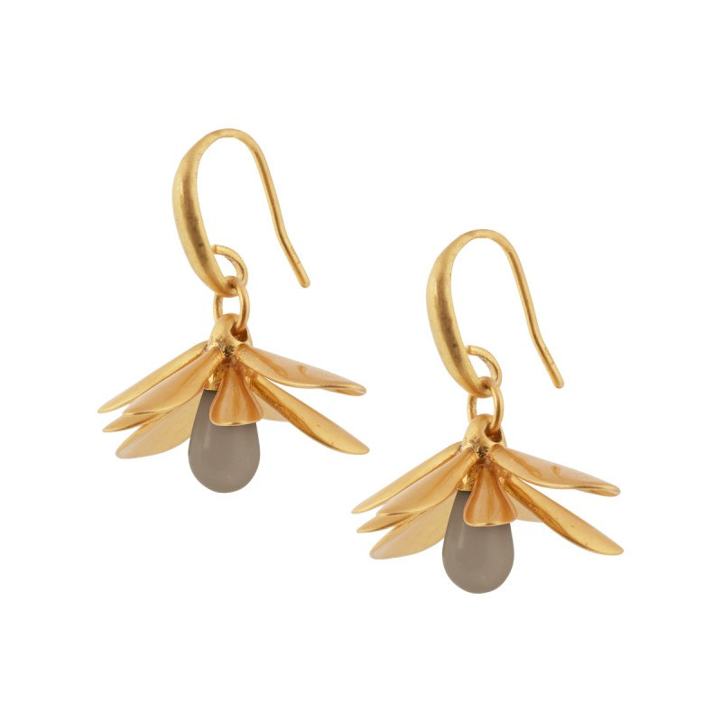 Couture  Sweet Daisies Grey Agate Earrings in Gold