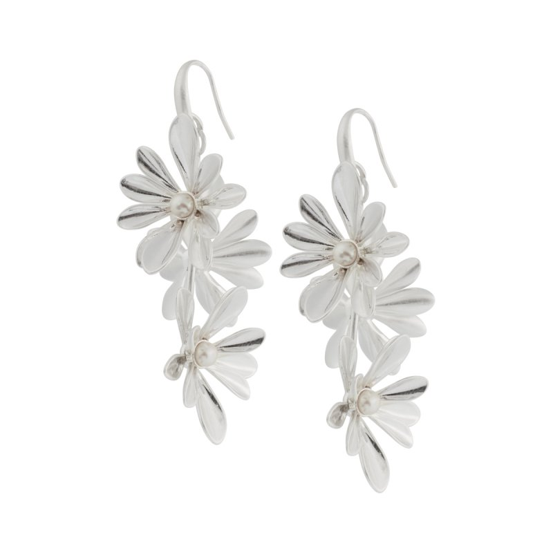 Couture  Sweet Daisies Pearl Long Earrings in Silver