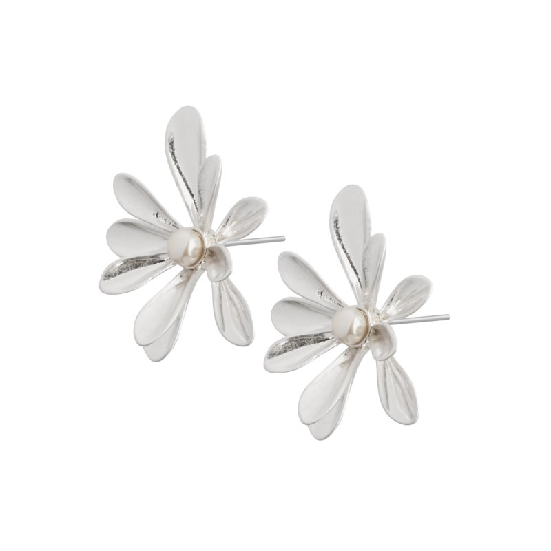 Couture Sweet Daisies Pearl Ear Studs in Silver